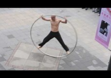 Amazing Taiwan Coolest Street Performer: The Ring Man